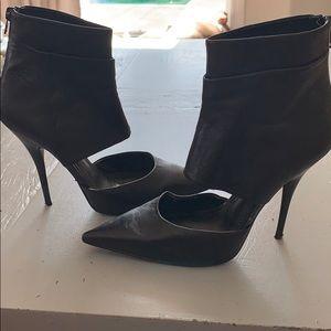 Aldo black high heels w/ zip back